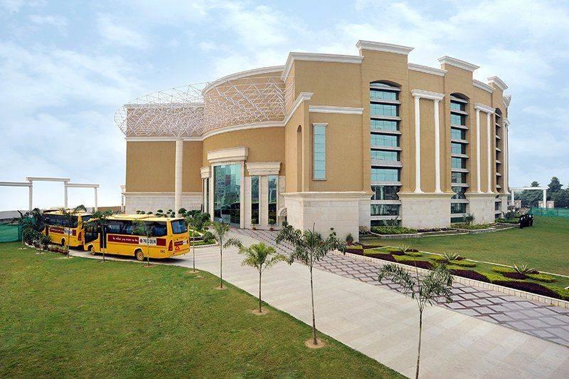 school in Indirapuram
